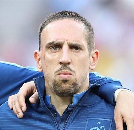 Franck Ribéry, marqué par la vie, un personnage complexe aux multiples facettes. Top 7 de ses facettes.