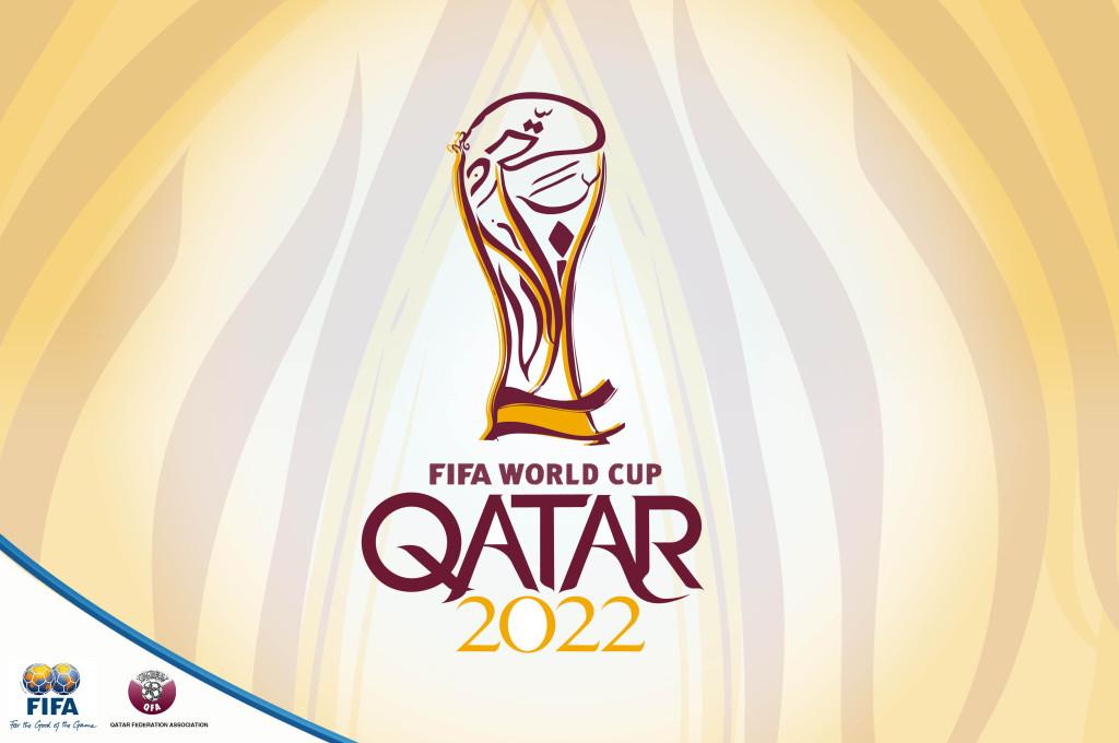 Coupe du Monde de Football organisée au Qatar en 2022 pose des questions et des polémiques vis à vis des droits de l'Homme.