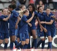 Les Françaises elles nous montrent un jeu intéressant et riche en intensité. 2-2 contre les Brésiliennes.