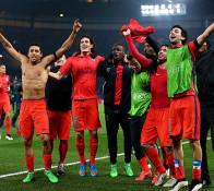 Les parisiens heureux ! Ils sont qualifiés pour les quarts de finale de la champions league